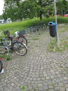 Angeschlossene Fahrradreste sind weg