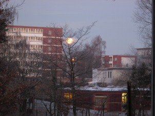 Immerhin hat der Mond die Aufregung anscheinend ...
