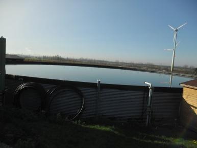 Wasserbecken bei Rieß - Regenwasservorrat?